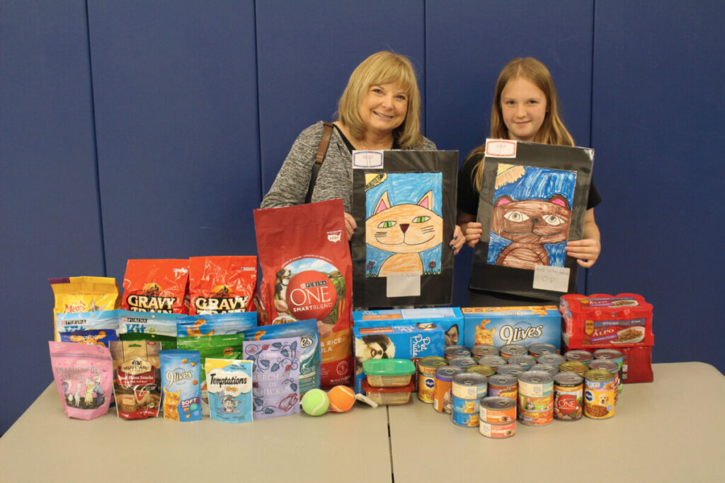 Pictured from left: Lisa Zukoff and 5th grader Lindy Brock.