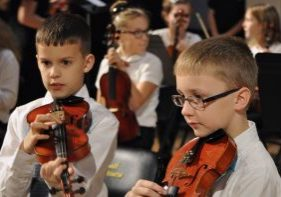 The Marshall County Strings Program will present its elementary and middle school winter concert on Tuesday, December 4, 2018 at 6:30pm in the John Marshall High School Center for Performing Arts.